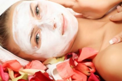 How to Give Yourself a Quick Facial at Home